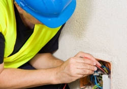 S&G Management Ltd - Electrician in Hampshire.